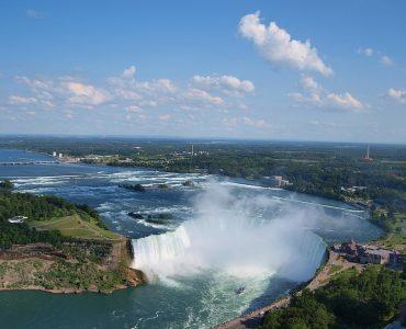 カナダ留学にオススメな人気都市 トロントナイアガラの滝